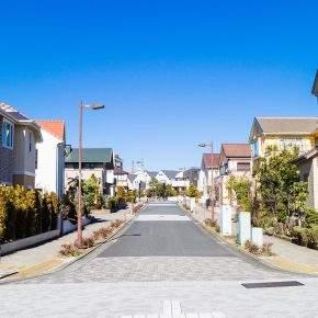 街頭から電柱を無くす「無電柱化計画」と地震大国日本