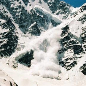 那須雪崩事故から考える「なだれ注意報」と意識のマンネリ化